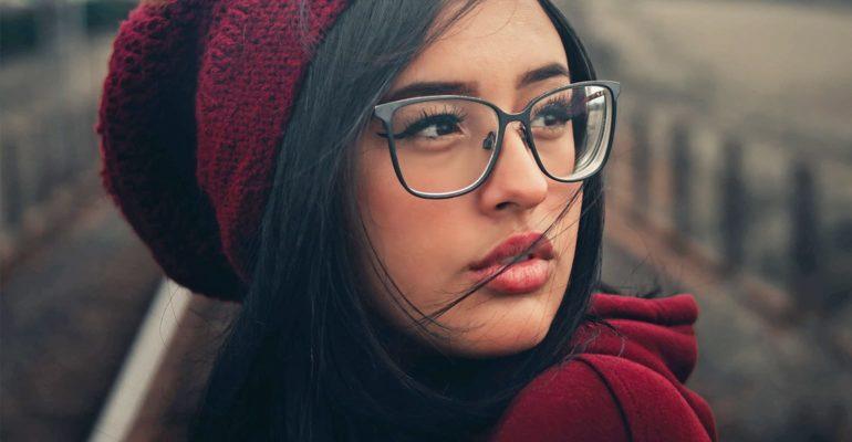 圆脸适合什么眼镜框