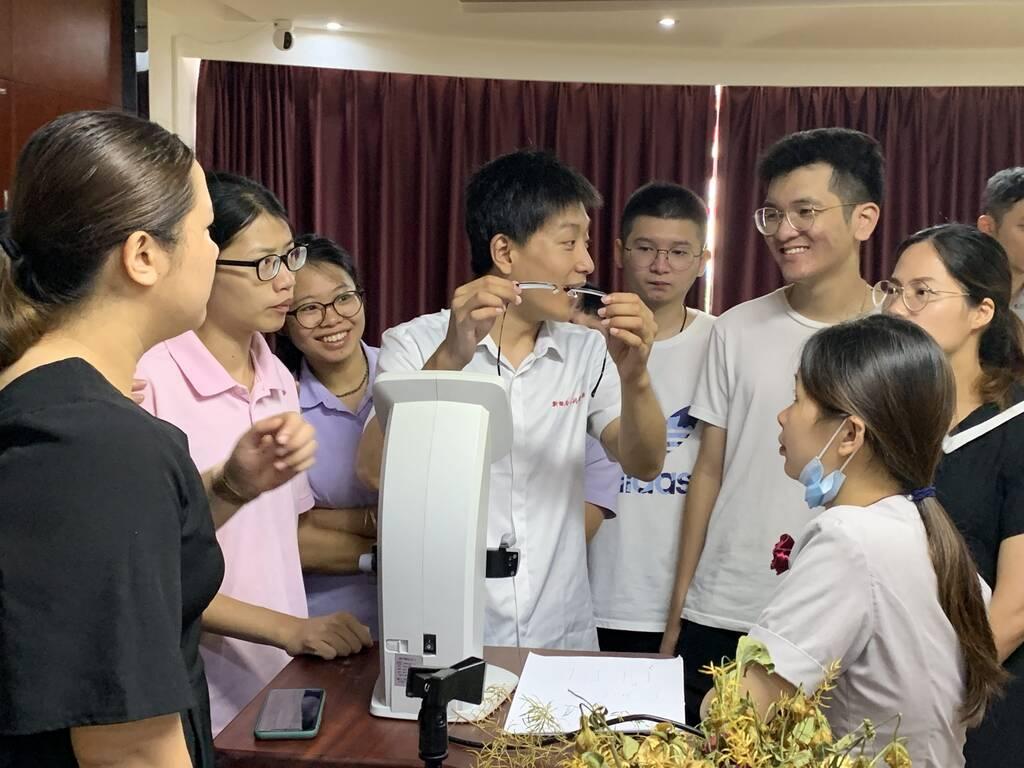 广州市华风技工学校是公办的吗